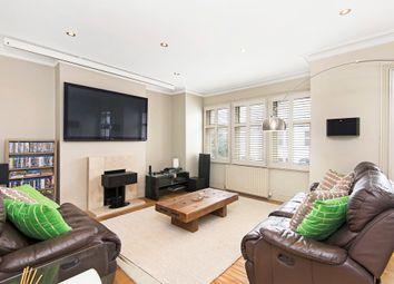 3 bed maisonette to rent in Clonmore Street, Southfields SW18