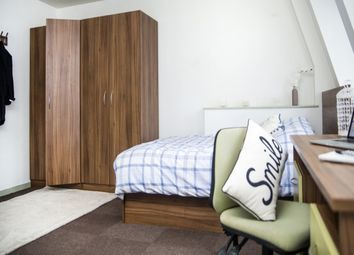 Thumbnail 1 bed flat to rent in Clarence Street, Kingston Upon Thames
