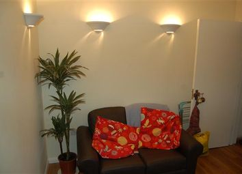 Thumbnail 1 bed flat to rent in Wimbledon Park Road, Southfields, Southfields