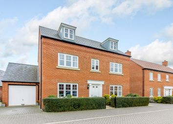 Thumbnail 5 bed detached house for sale in Kempton Close, Bicester