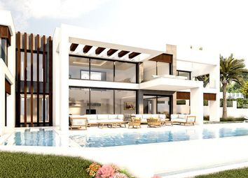 Thumbnail 5 bed villa for sale in La Cerquilla, Nueva Andalucia, Marbella