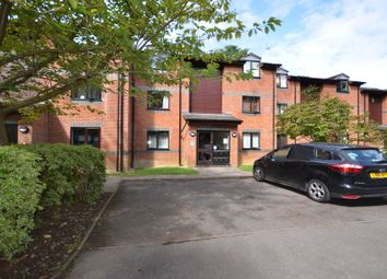 Thumbnail 1 bed flat to rent in Wayland Close, Bracknell