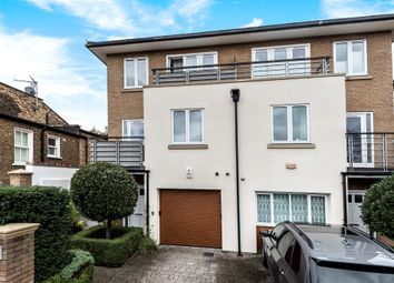 4 Bedrooms Semi-detached house for sale in Ravenscourt Square, London W6