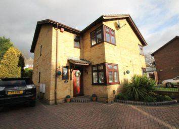 Thumbnail 3 bed detached house to rent in Kirby Close, Romford