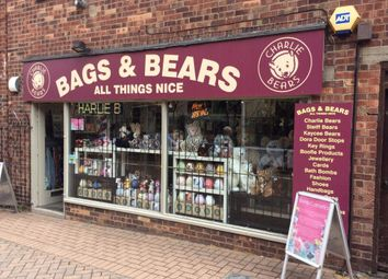 Thumbnail Retail premises for sale in Welby Street, Grantham