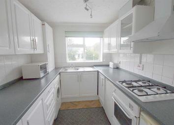 Thumbnail 2 bed flat to rent in Tedder Road, Adeyfield, Hemel Hempstead