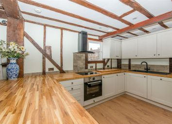 Thumbnail 3 bed detached house to rent in Vicarage Road, Yalding, Kent