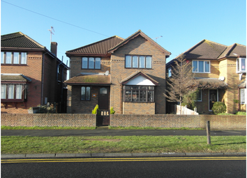 Thumbnail 4 bed detached house to rent in Furtherwick Road, Canvey Island