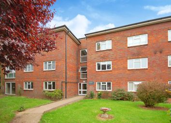 Mead Place, Berry Lane, Rickmansworth WD3. 2 bed flat