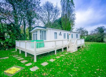 2 bed mobile/park home for sale in The Willows, Weeley Bridge Holiday Park, Weeley, Clacton-On-Sea CO16