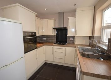 4 bed property to rent in Fieldhead Road, Sheffield S8