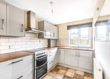 Thumbnail 2 bedroom flat to rent in Borough Avenue, Wallingford, Oxfordshire