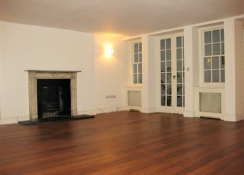 Thumbnail 2 bed flat to rent in Queen's Gardens, London