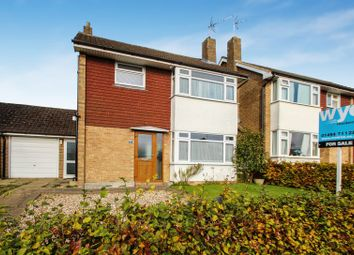 Thumbnail 3 bed detached house for sale in Wycombe Road, Holmer Green, High Wycombe