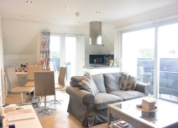 Thumbnail 2 bed flat to rent in Fairholme Gardens, Finchley
