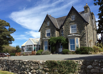 Thumbnail Pub/bar for sale in Snowdonia National Park Seaside Hotel LL44, Gwynedd