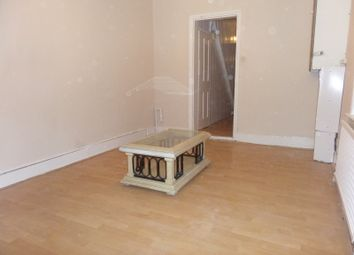Thumbnail 2 bed flat to rent in Montague Road, Hounslow, Middlesex