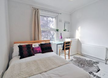 Thumbnail Room to rent in Margravine Gardens, Barons Court, London