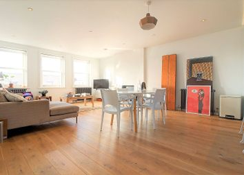 Thumbnail 2 bed flat to rent in Upper Street, Islington, London