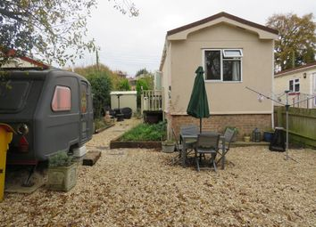 Thumbnail 2 bedroom mobile/park home for sale in Bayswater Mill Road, Headington, Oxford