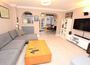 Thumbnail 2 bed property to rent in Hubbard Street, Stratford, London
