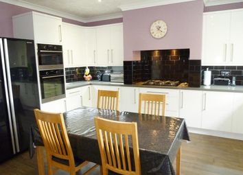 3 bed end terrace house for sale in Spa Wood Top Off Lockwood Scar, Newsome, Huddersfield HD4