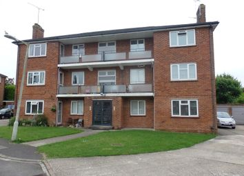 Thumbnail 2 bed flat to rent in Wentworth Court, Stroud Green, Newbury
