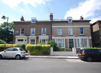 Thumbnail 3 bed flat to rent in Beacon Hill, London