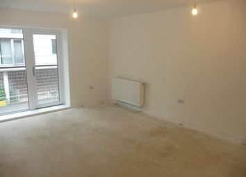 Thumbnail 2 bedroom flat to rent in Pennant House, Cross Street, Portsmouth