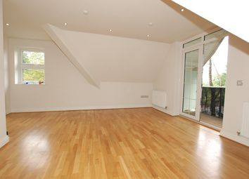Thumbnail 2 bed flat to rent in 1A Ashmere Avenue, Beckenham
