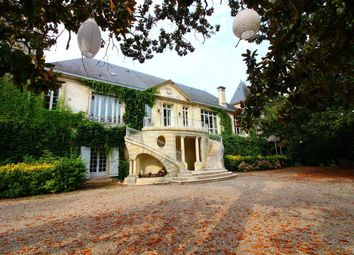 Thumbnail 15 bed property for sale in Aquitaine, Gironde, Bordeaux