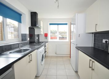 Thumbnail Room to rent in Wakefords Way, Havant
