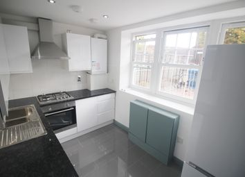 Thumbnail 3 bed flat to rent in Culmore, London