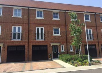 Thumbnail 4 bed terraced house to rent in Yew Tree Road, Dunton Green, Sevenoaks