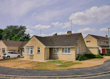 2 bed bungalow to rent in Courtbrook, Fairford GL7