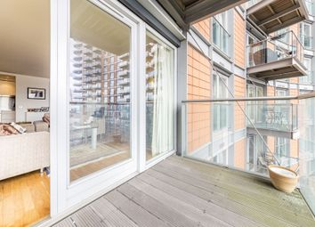 Thumbnail 2 bedroom flat to rent in New Providence Wharf, 1 Fairmont Avenue, London, London