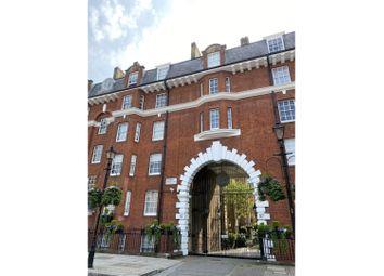 97 Regency Street, Westminster SW1P. 3 bed flat