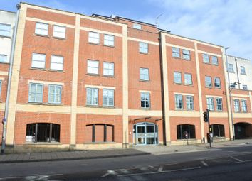 Thumbnail 2 bed flat to rent in Harbour House, Hotwells