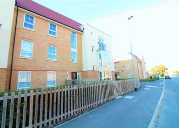 Thumbnail 2 bed flat for sale in Frenchs Avenue, Dunstable