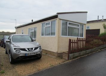 Thumbnail 2 bed mobile/park home for sale in Hill Rise, Horspath Park, Gidley Way, Horspath, Oxfordshire