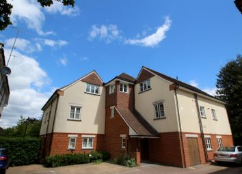 Thumbnail 1 bed flat to rent in Hill View, Dorking
