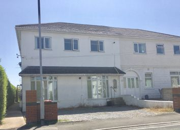2 bed flat to rent in New Road, Porthcawl CF36