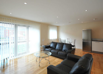 Thumbnail 1 bed flat to rent in Portsoken Street, London