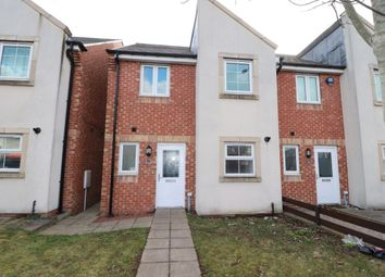 3 bed semi-detached house to rent in Alnmouth Court, Newcastle Upon Tyne NE5