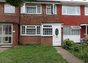 3 bed terraced house to rent in Cleave Avenue, Hayes UB3