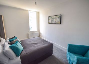 Thumbnail 1 bed property to rent in Room 5 Ellis House, 6 Bradford Road, Shipley