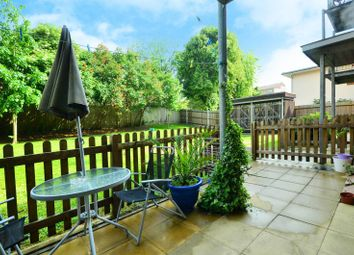 Thumbnail 2 bed flat to rent in Pellow Close, High Barnet