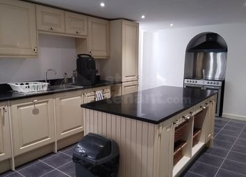 Thumbnail 3 bed shared accommodation to rent in High Street, Rochester, Kent