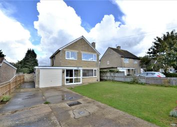Thumbnail 3 bed detached house for sale in Kingsclere Road, Bicester