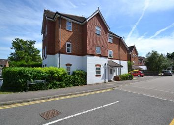 Thumbnail 1 bed flat for sale in Regents Mews, Horley